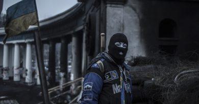 "Galeri: Barbaros Kayan – ""Occupy Kiev"""