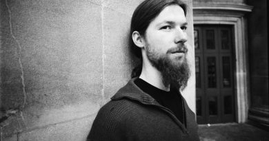 Aphex Twin'in oğlu da kendi gibi!