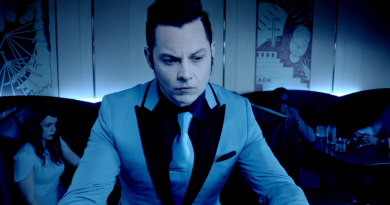 "Jack White'tan yeni klip: ""Would You Fight For My Love"""