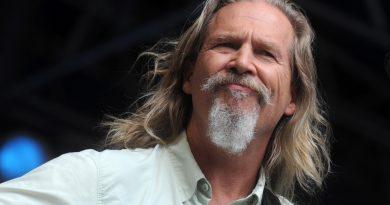 """Jeff Bridges, David Milch'in HBO için uyarlayacağı """"Shadow Country""""de rol alacak"""