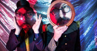 """Les Claypool ve Sean Lennon ikilisinin ilk albümü """"Monolith of Phobos"""" dinlemeye açıldı"""