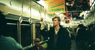 Günün şarkısı: David Bowie – Ashes To Ashes