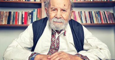 Yazar, şair ve senarist Vedat Türkali, 97 yaşında hayatını kaybetti