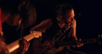 """Paul Thomas Anderson'dan bir Radiohead klibi daha: """"Present Tense"""""""