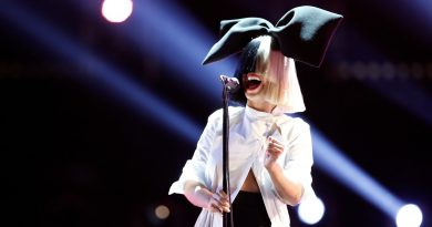 """Sia, yeni Brady Corbet filmi """"Vox Lux"""" için şarkı yazıyor"""