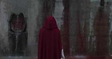 """Hulu'da yayınlanacak gerilim dizisi """"The Handmaid's Tale""""den ilk görüntüler"""
