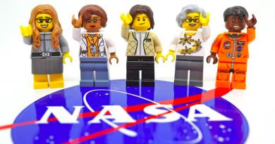 NASA'nın kadın astronotları ve uzay bilimcilerinin yer aldığı LEGO setiyle tanışın
