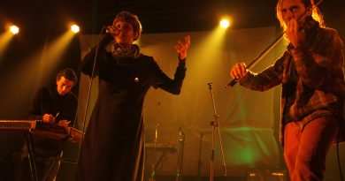 Berlin merkezli topluluk Alcalica, 15 Nisan Cumartesi akşamı Borusan Sanat'ta