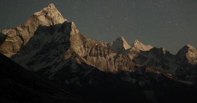 """Willem Dafoe'nun anlatıcısı olduğu """"Mountain"""" belgeselinden nefis görüntüler"""