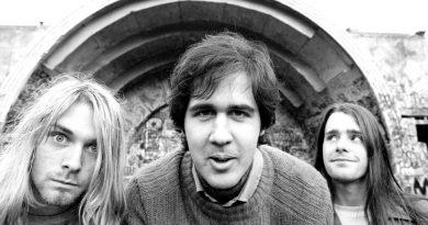 Günün şarkısı: Nirvana – Love Buzz