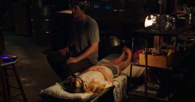 """Keanu Reeves'li bilim kurgu filmi """"Replicas""""tan fragman"""