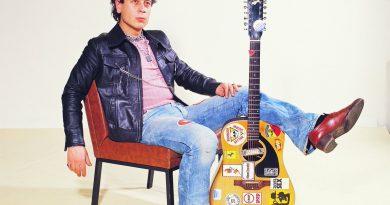 """""""The Godfather of Turkish Punk"""": Tünay Akdeniz'in 70'lerde yaptığı kayıtlardan oluşan albüm raflarda"""