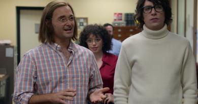 Amerika'nın komedi kültürüne yön veren Doug Kenney'nin hikayesini anlatan Netflix filminden fragman