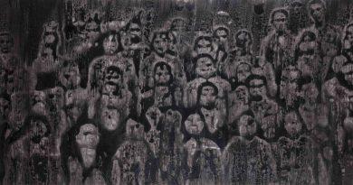 """Yusuf Murat Şen'in geçmişi yeniden kurguladığı gizemli dünyası: """"Fading Away"""""""