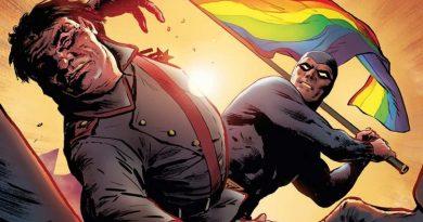 Phantom'un silahı gökkuşağı bayrağı, düşmanı homofobikler