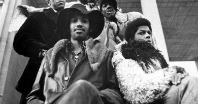 Günün şarkısı: Funkadelic – Cosmic Slop