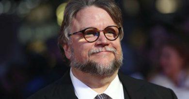 """Guillermo Del Toro'dan yeni bir dizi geliyor: """"10 After Midnight"""""""