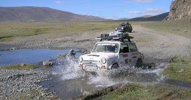 """Arşivden: Avrupa'dan Moğolistan yönünde eşine az rastlanır bir macera – """"Mongol Rally"""""""