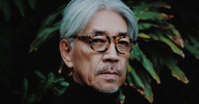 """Ryuichi Sakamoto'nun """"BTTB"""" albümü, Haruki Murakami dokunuşuyla geri dönüyor"""