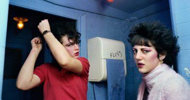 """80'lerin asi gençliğinden ikinci baharındaki """"gerçek"""" kadınlara: Visible Girls Revisited"""