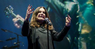 70. yaşında, 5 farklı düetiyle: Ozzy Osbourne
