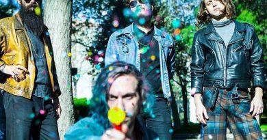 Psikedelik rock grubu Chickn, ilk İstanbul konseri için Anahit Sahne'de