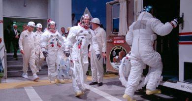 Ay'a yeniden inmek mümkün: ''Apollo 11'' — Sabit
