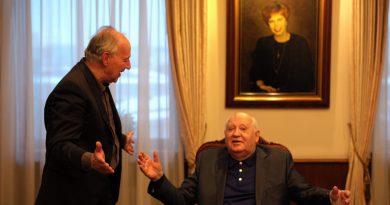 "Werner Herzog belgeseli ""Meeting Gorbachev""den fragman"