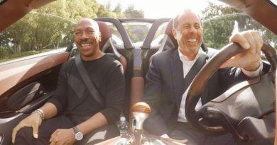 """Jerry Seinfeld'in """"Comedians in Cars Getting Coffee"""" serisinin yeni sezon konukları açıklandı"""