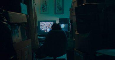 """Matt Wolf belgeseli """"Recorder"""", 30 yıl kesintisiz olarak televizyon haberlerini kaydetmiş bir kadının hikâyesini aktarıyor"""