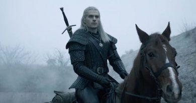"""Netflix'in """"The Witcher"""" evreninin kapıları San Diego Comic-Con'da aralandı"""