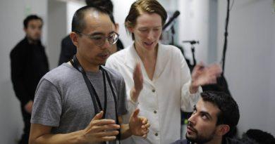 """Apichatpong Weerasethakul, Tilda Swinton'lı yeni filmi """"Memoria""""nın çekimlerine başladı"""