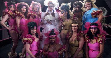 GLOW karakterleri dördüncü sezonla son kez ringe dönüyor