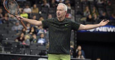 Efsanevi tenisçi John McEnroe, Mindy Kaling'in yeni dizisinde