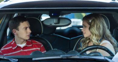 """Netflix dizisi """"Atypical""""ın üçüncü sezonuyla buluşma tarihi 1 Kasım"""