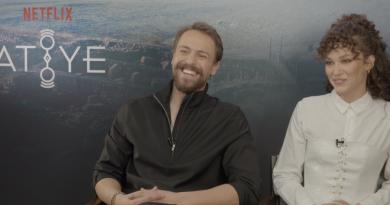 Netflix – Atiye röportajı – Metin Akdülger & Melisa Şenolsun'la söyleşimiz