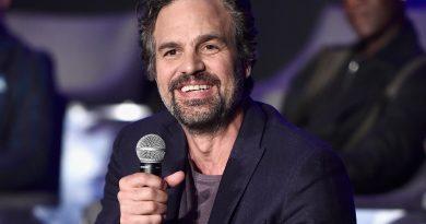 """Mark Ruffalo'nun """"Parasite""""ın HBO adaptasyonunda rol alacağı kesinleşti"""