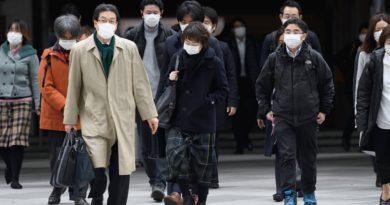 Dünya dönüyor: Japonya'da maske alıp yeniden satmaya hapis cezası, Google'dan Corona virüsü önlemi ve diğerleri