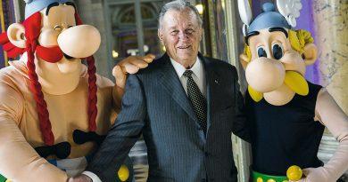 """""""Asterix""""in çizeri Albert Uderzo 92 yaşında hayatını kaybetti"""