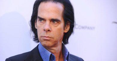 Yeni favori YouTuber'ımız Nick Cave