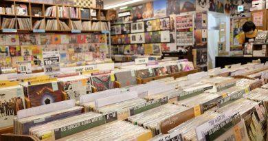 Record Store Day, geç olsun güç olmasın, diyerek yola devam ediyor