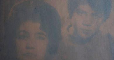 Evcilik Günleri: İlhan Sadıkoğlu'ndan anthotype tekniğiyle üretilmiş aile fotoğrafları