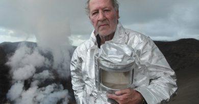 Yeni Werner Herzog belgeseliyle mitoloji tarihine kozmik bir yolculuk