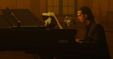 "Nick Cave, ""Idiot Prayer"" ve Fazioli"