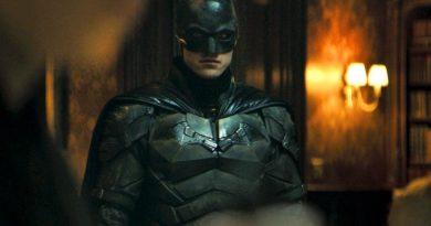 """Robert Pattinson'lı """"The Batman"""" fragmanıyla karanlık Gotham sokaklarına"""