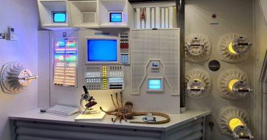 """Dünya dönüyor: Barcelona'daki evine Nostromo replikası yaptıran """"Alien"""" hayranı ve diğerleri"""