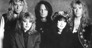 Efsanevi rock grubu Heart'ın hikâyesini Carrie Brownstein anlatacak
