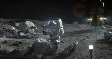 Ay'a ikinci yolculuk belgesel oluyor