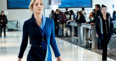 """""""The Flight Attendant"""" ikinci sezon onayını kaptı"""