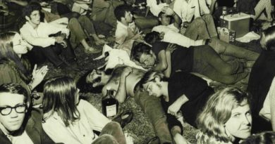 Kaptan Zaman: Avustralya'da düzenlenen ilk pop müzik festivali
